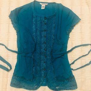 Kenzie beautiful lace top